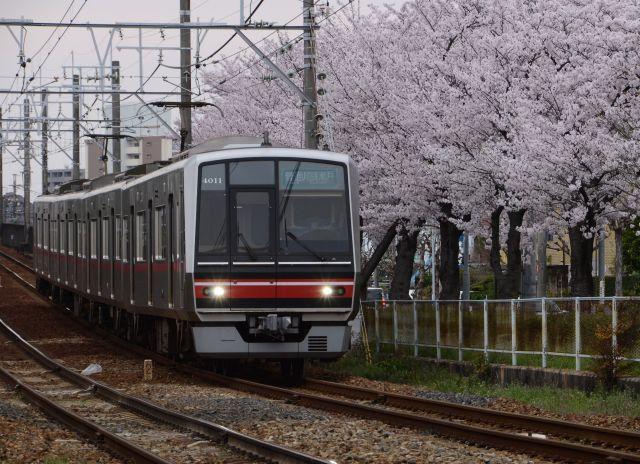 s1-瀬戸線170409_7131xx64.JPG